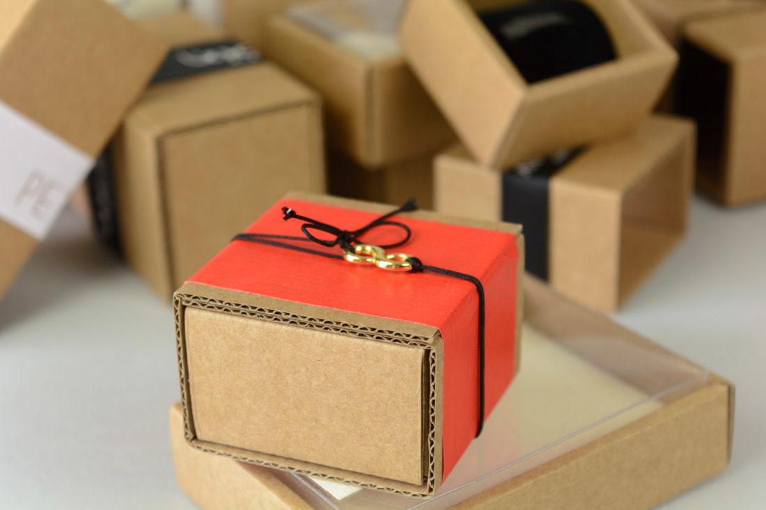 gift boxes kraft oikologiko